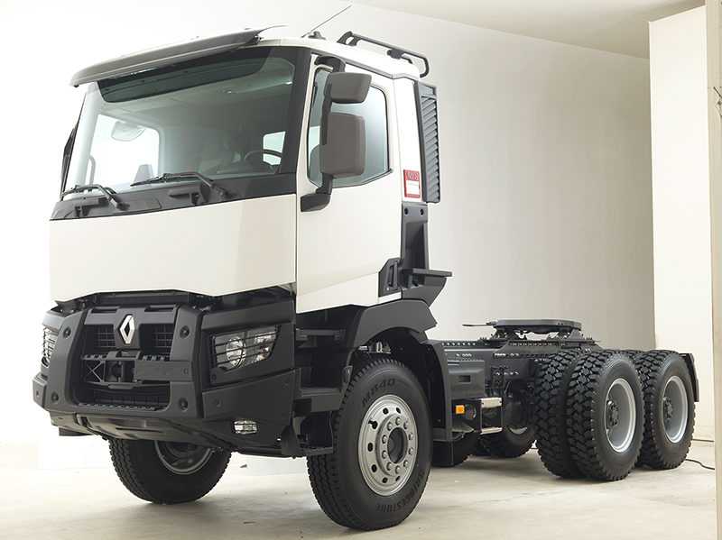 photo_reportages_industriels_Renault_Trucks_gammeK_euro3_avant-post-production